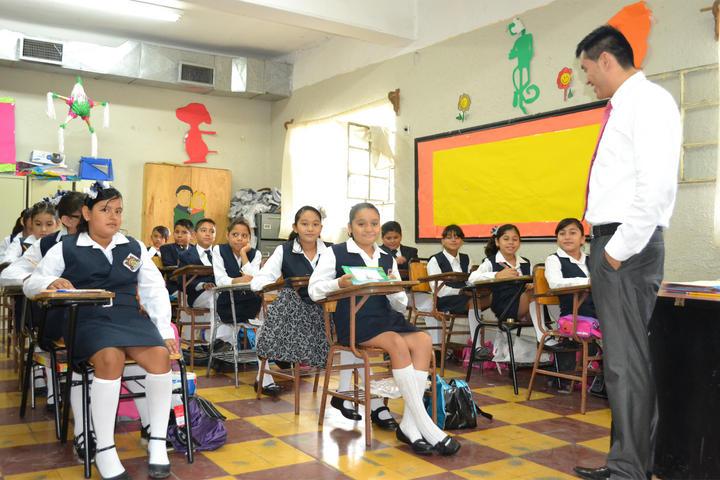 SEP prevé contratación de maestros con calificación insuficiente