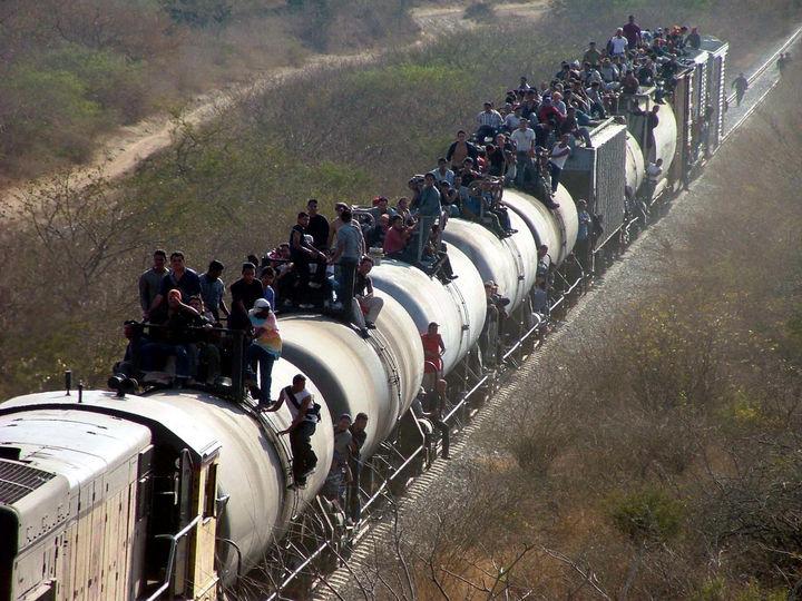 Formalizan órgano para atender a los migrantes
