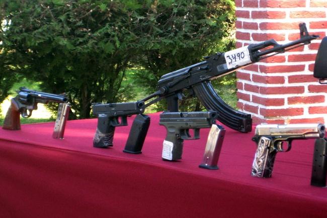 Incautan más de 100 armas de fuego en operativos en Reynosa