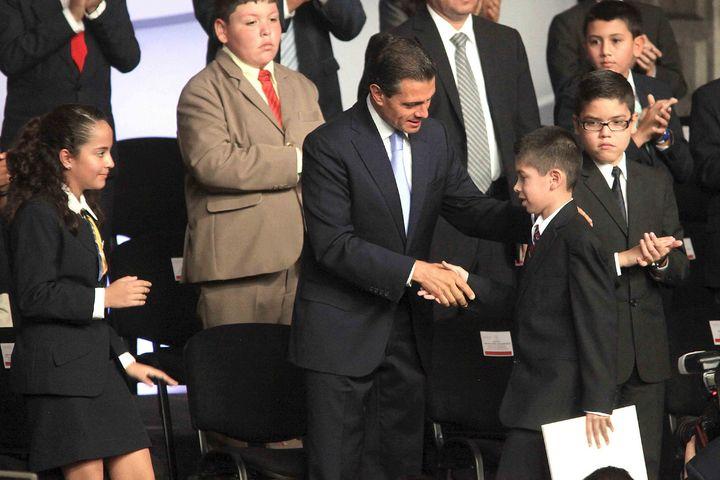 Augura Peña Nieto avances con la Reforma Educativa