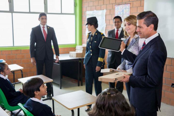 Anuncian plan para mejorar escuelas