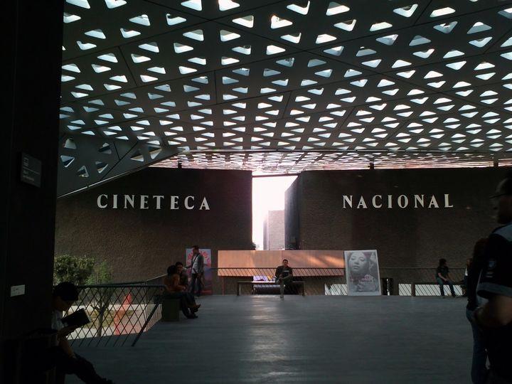 Asaltan oficinas de la Cineteca