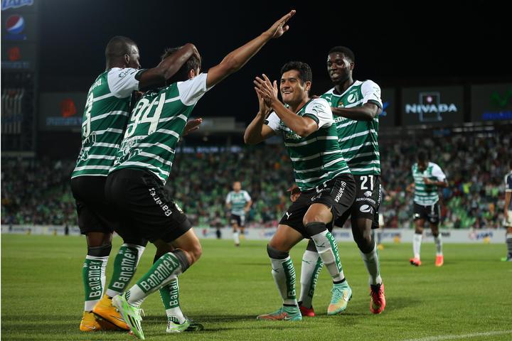 Santos destroza 5-0 a Chivas en la Copa MX