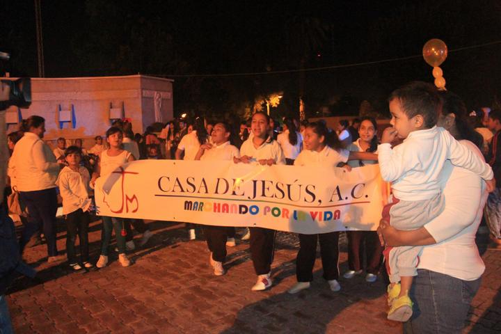 Marchan contra la ley de aborto en Torreón
