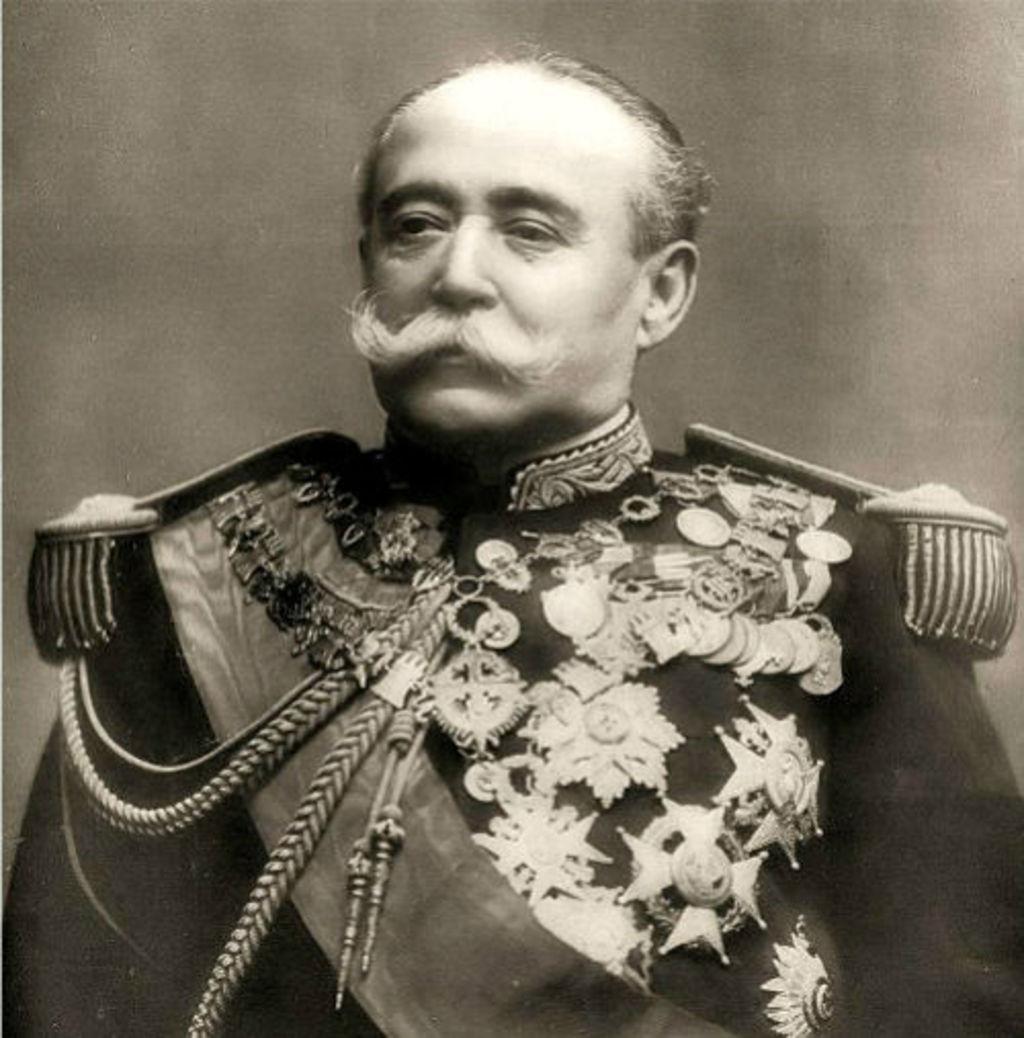 Porfirio Díaz, en el centenario de su muerte