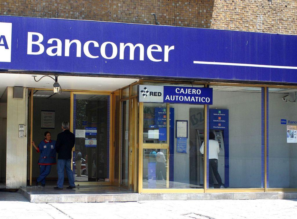Se comprime el sistema bancario