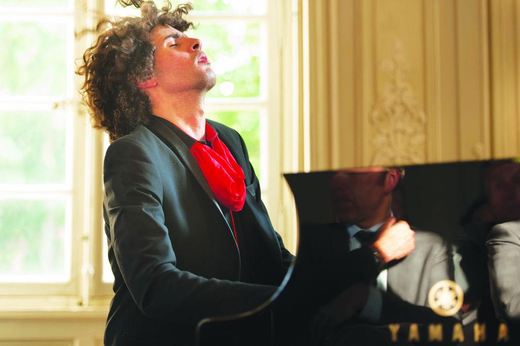 Simón Ghraichy un virtuoso