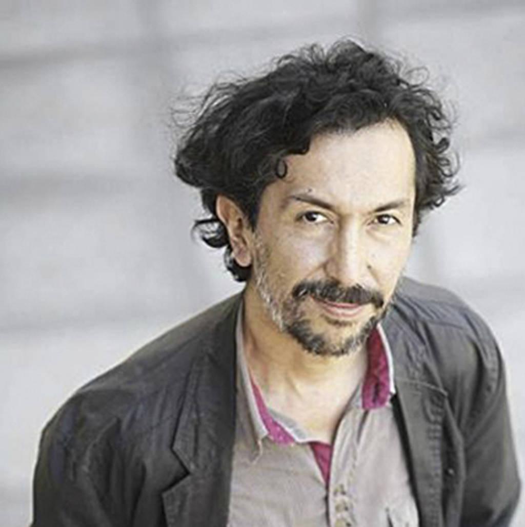 Leonardo Sanhueza gana Premio Acuña