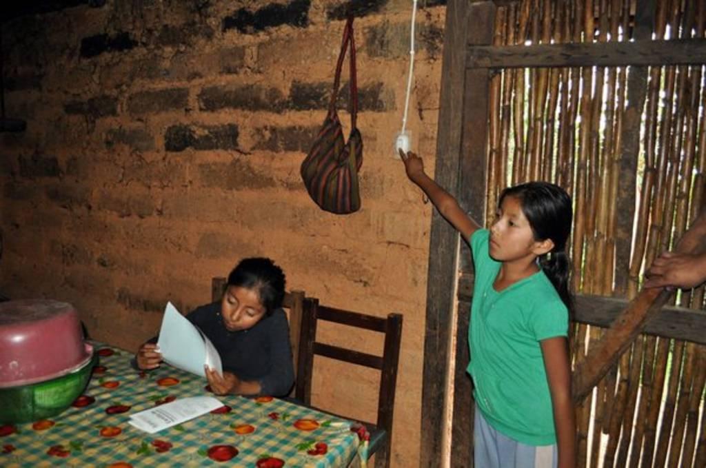Niños indígenas, los de mayor desventaja en México: Unicef