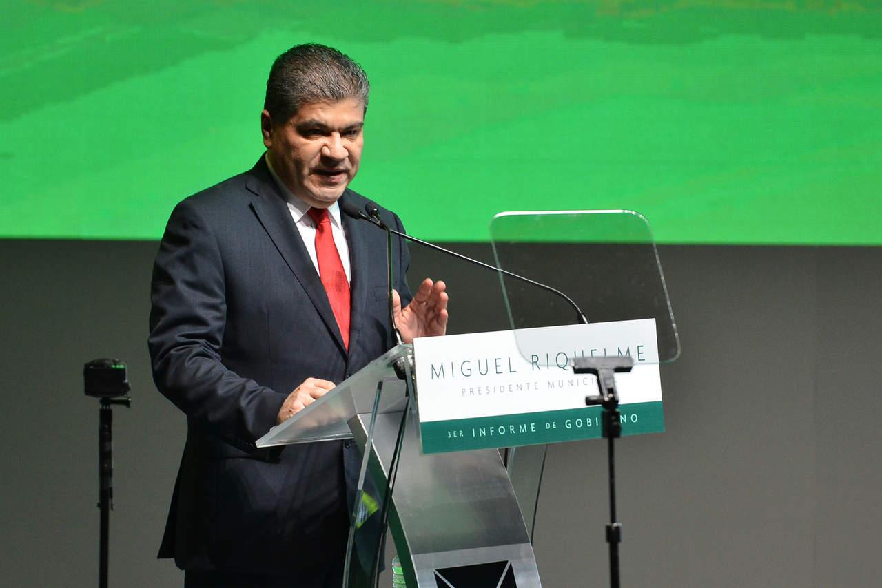 Pide licencia Riquelme; va por la gubernatura de Coahuila