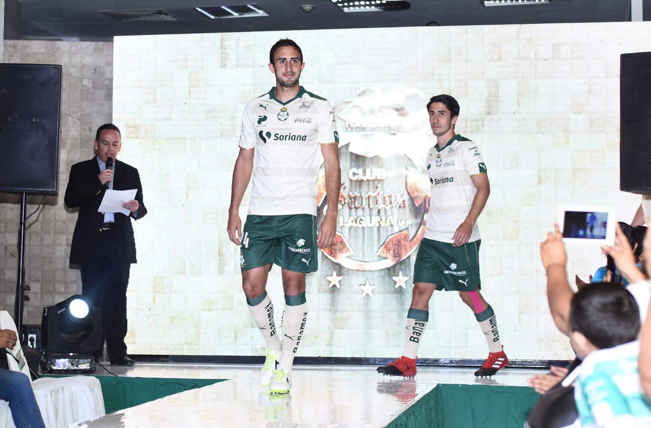 Presenta Santos su nueva