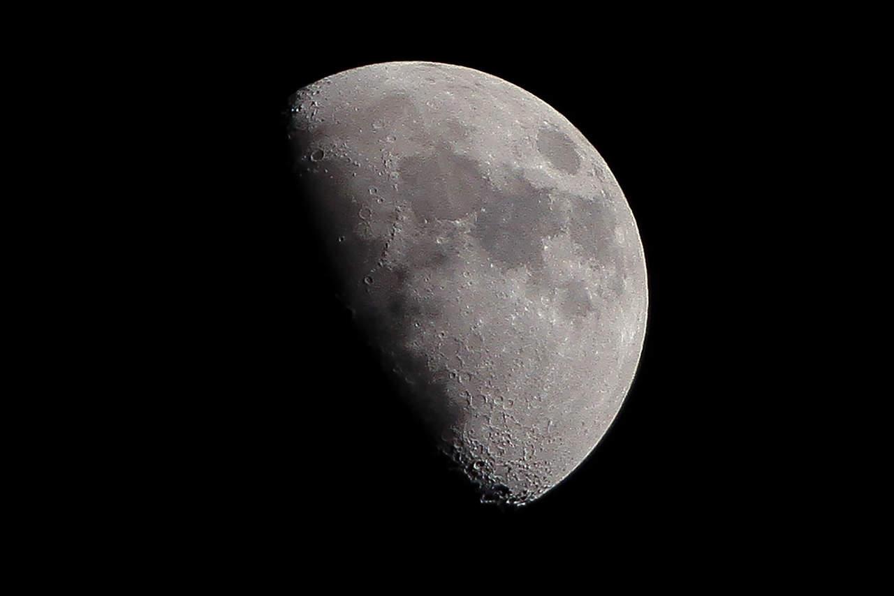 Nueva hipótesis estudia el origen de la luna