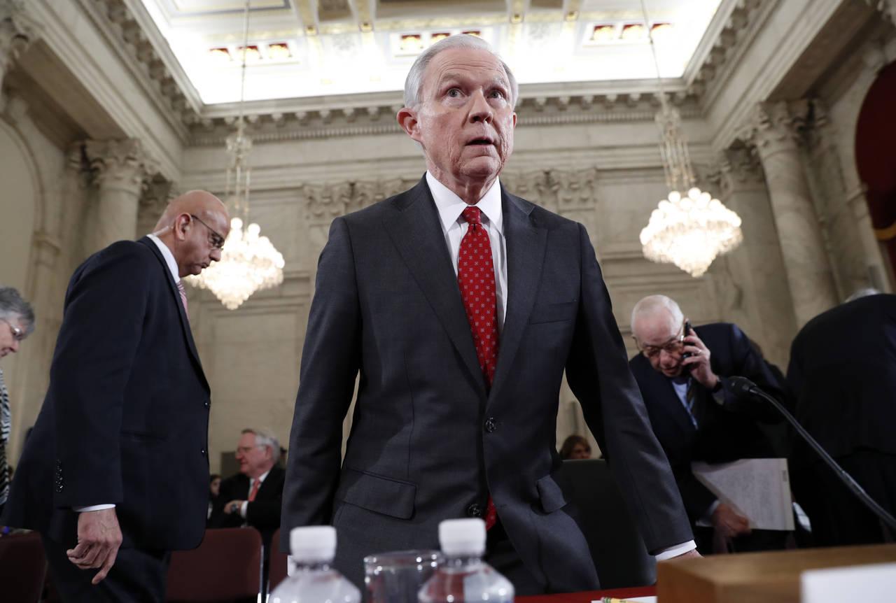 Jeff Sessions promete parar migración ilegal