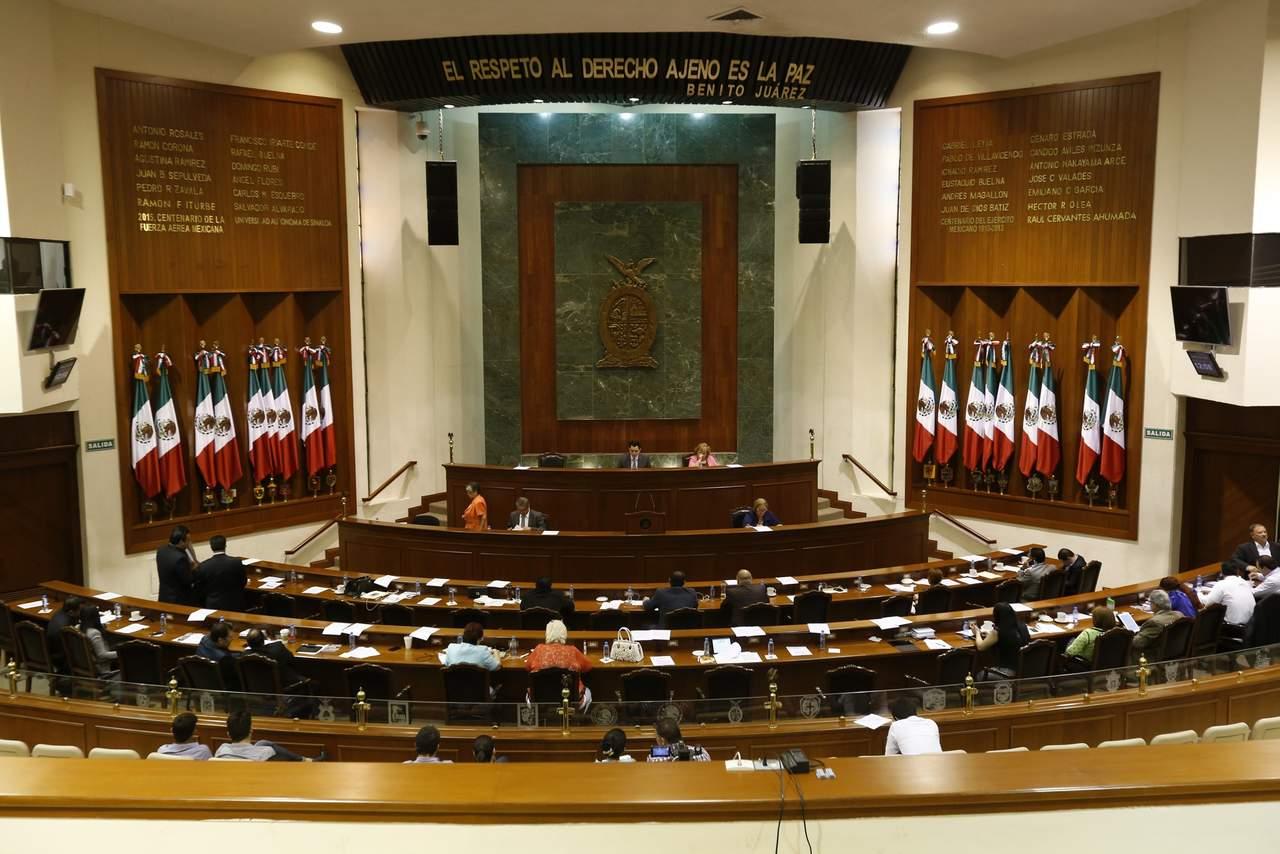 Renuncian diputados de Sinaloa a apoyos para gasolina y transporte