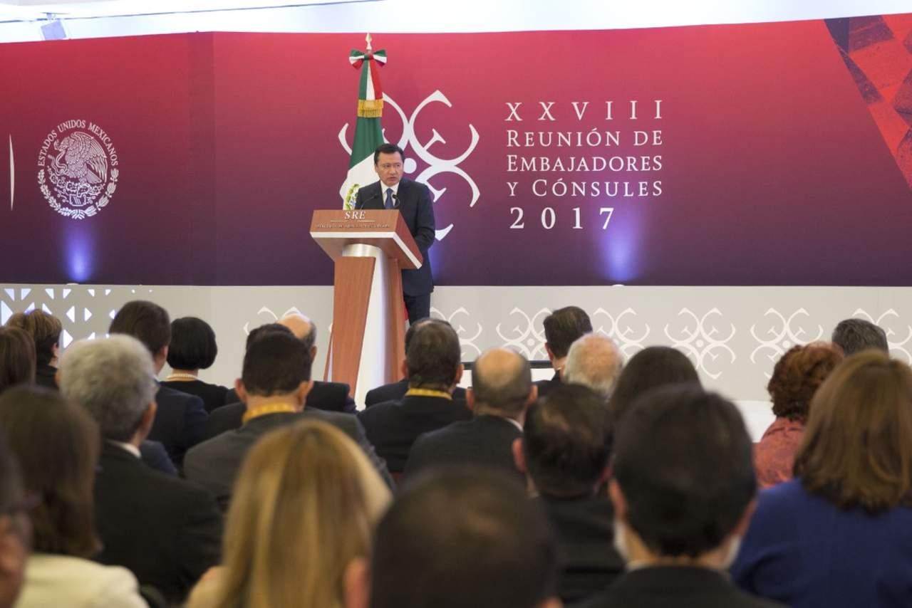 México está en paz, tranquilo y echado para adelante: Osorio Chong
