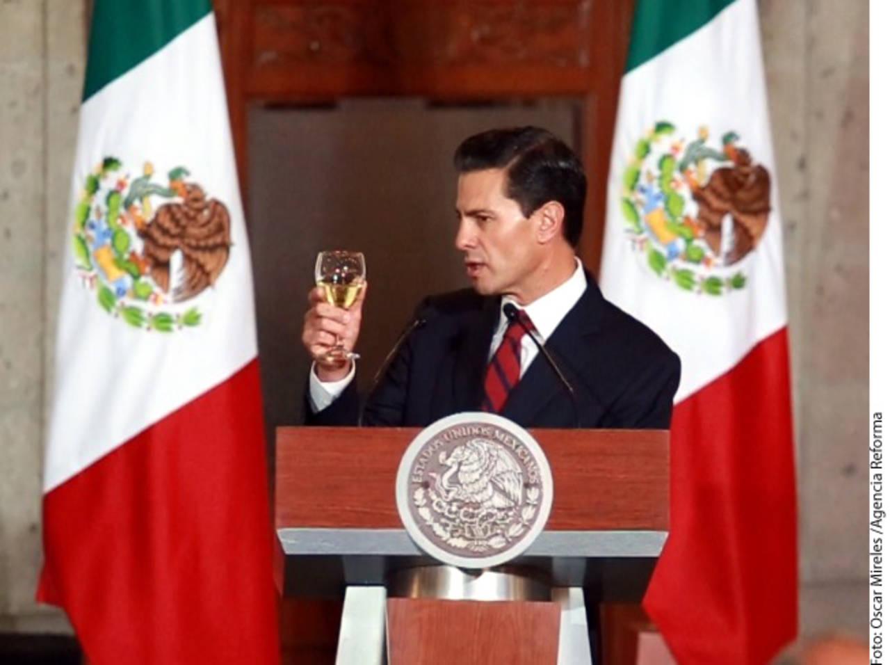México no pagará muro, insiste Peña