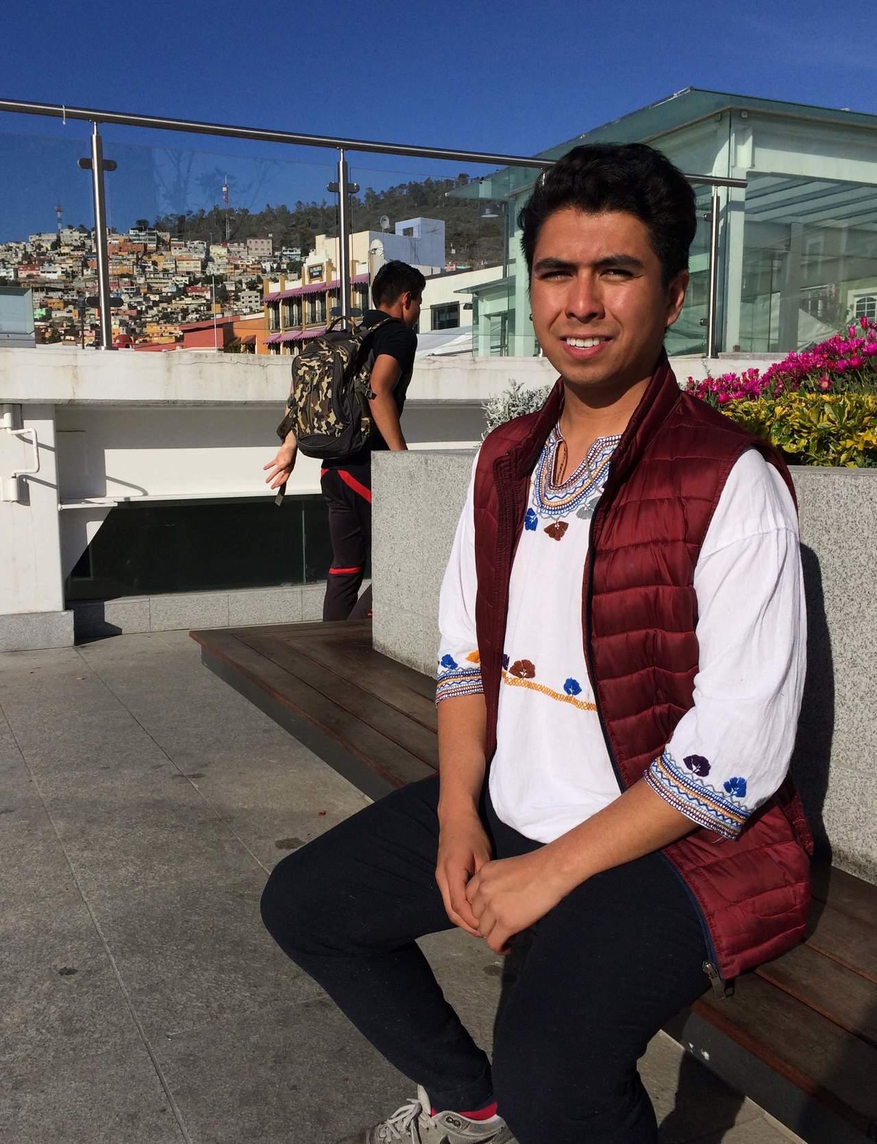 Mexicano de 19 años es candidato al Nobel de la Paz