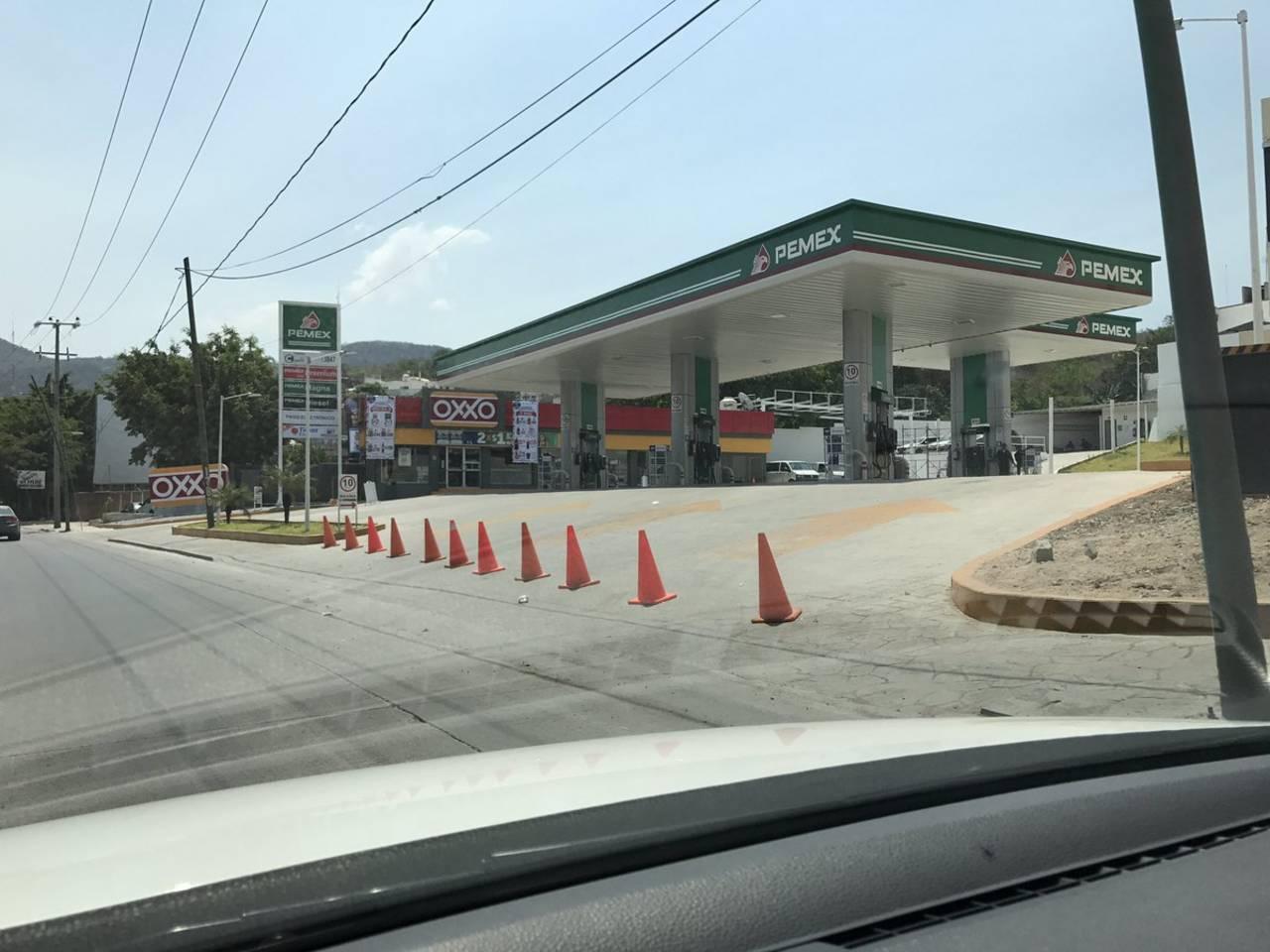 Hacen paro las gasolineras