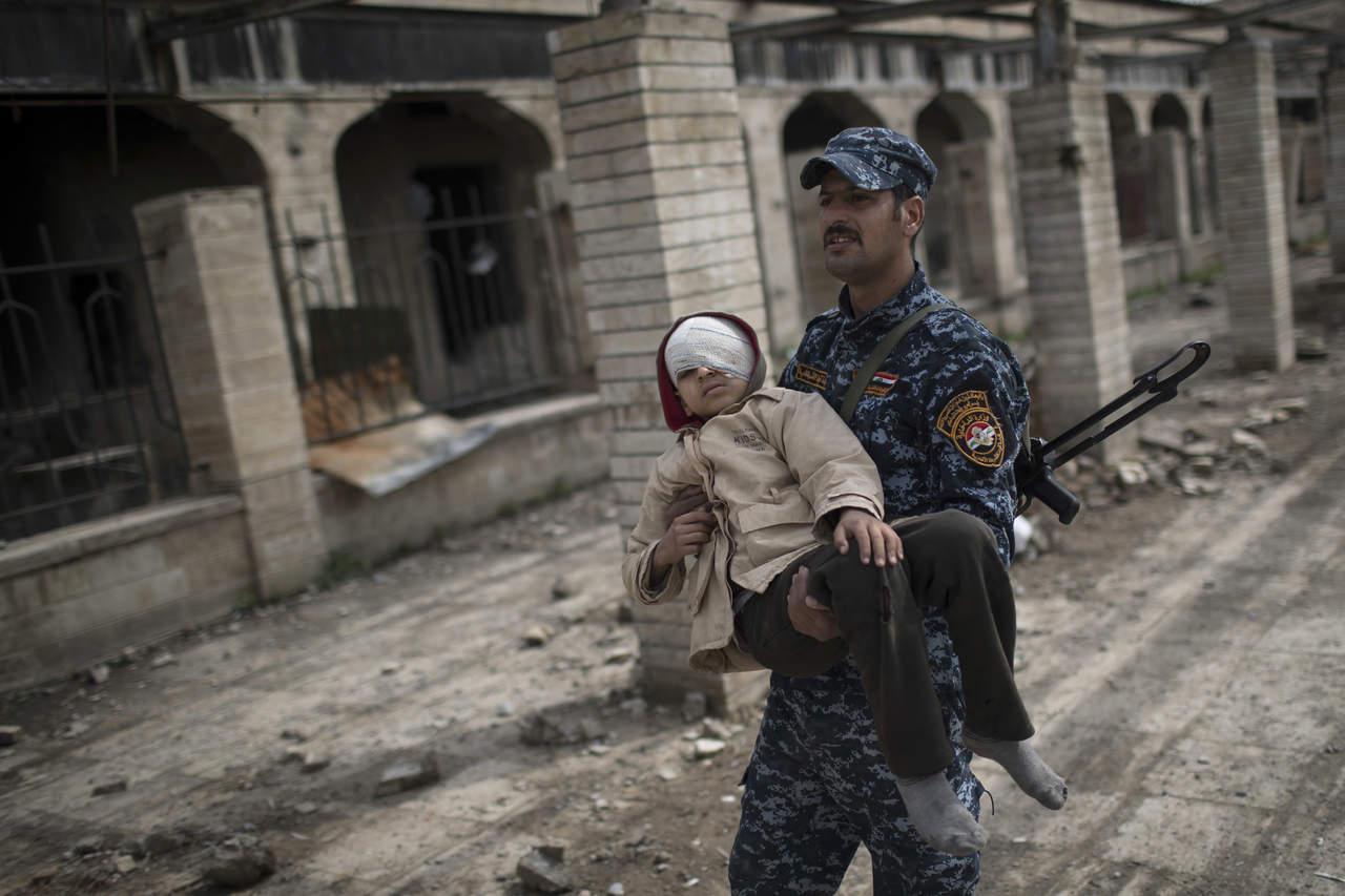 Civiles, víctimas de batalla en Mosul