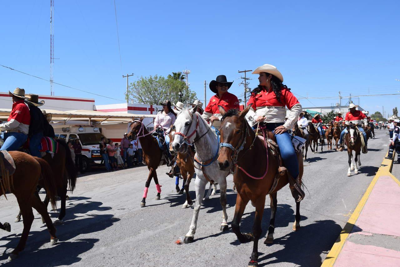 Celebran cabalgata en Matamoros para recordar el paso de Benito Juárez