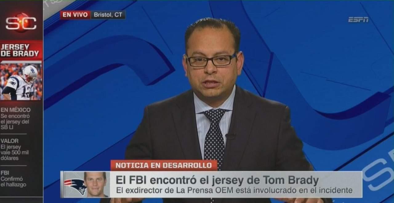 Periodistas mexicanos lamentan el robo del jersey por compatriota