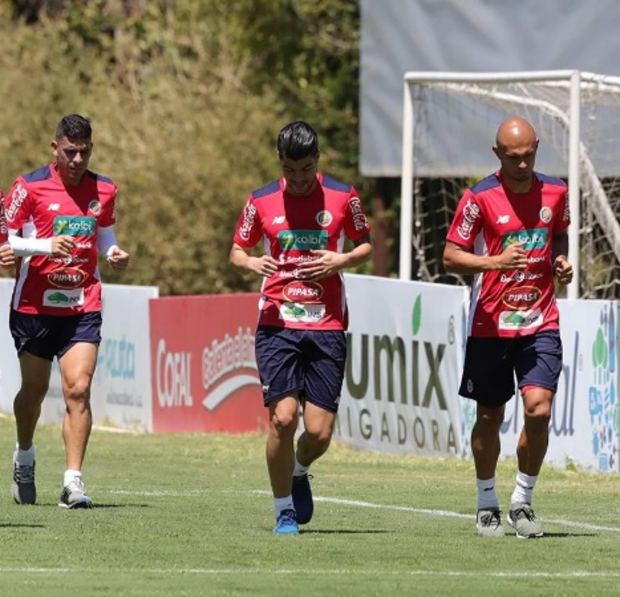 Los costarricenses confían en derrotar el viernes a México
