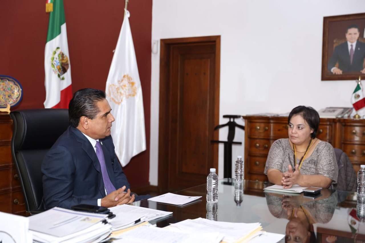 Llega a Michoacán migrante deportada que dejó 4 hijos en EU
