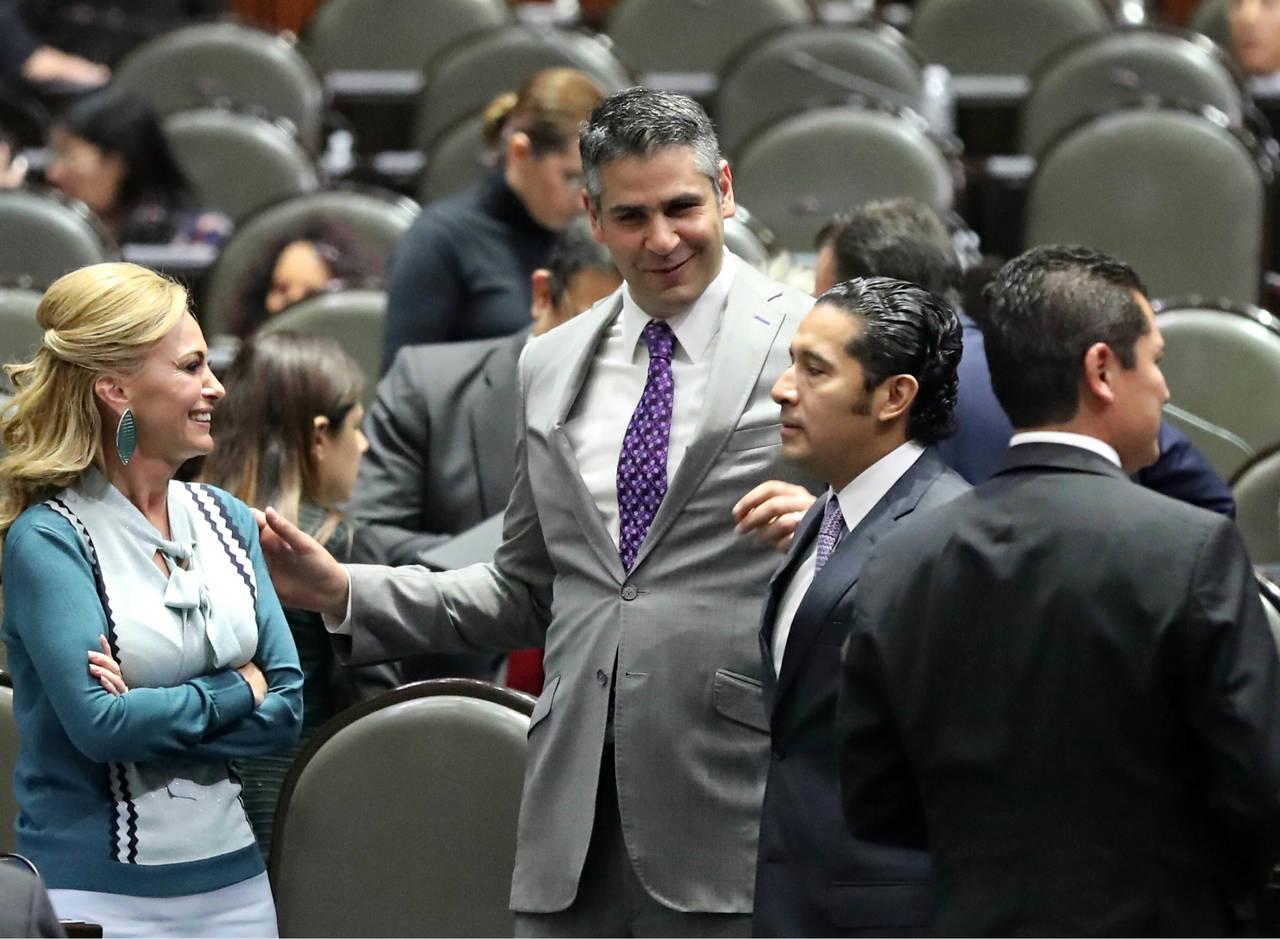 Evitan desaforar a Tarek Abdala