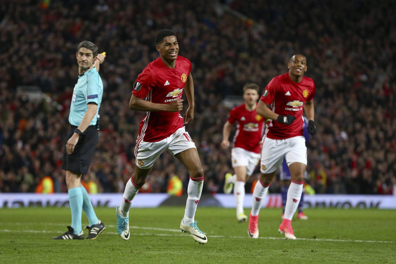 Manchester alcanza semifinales