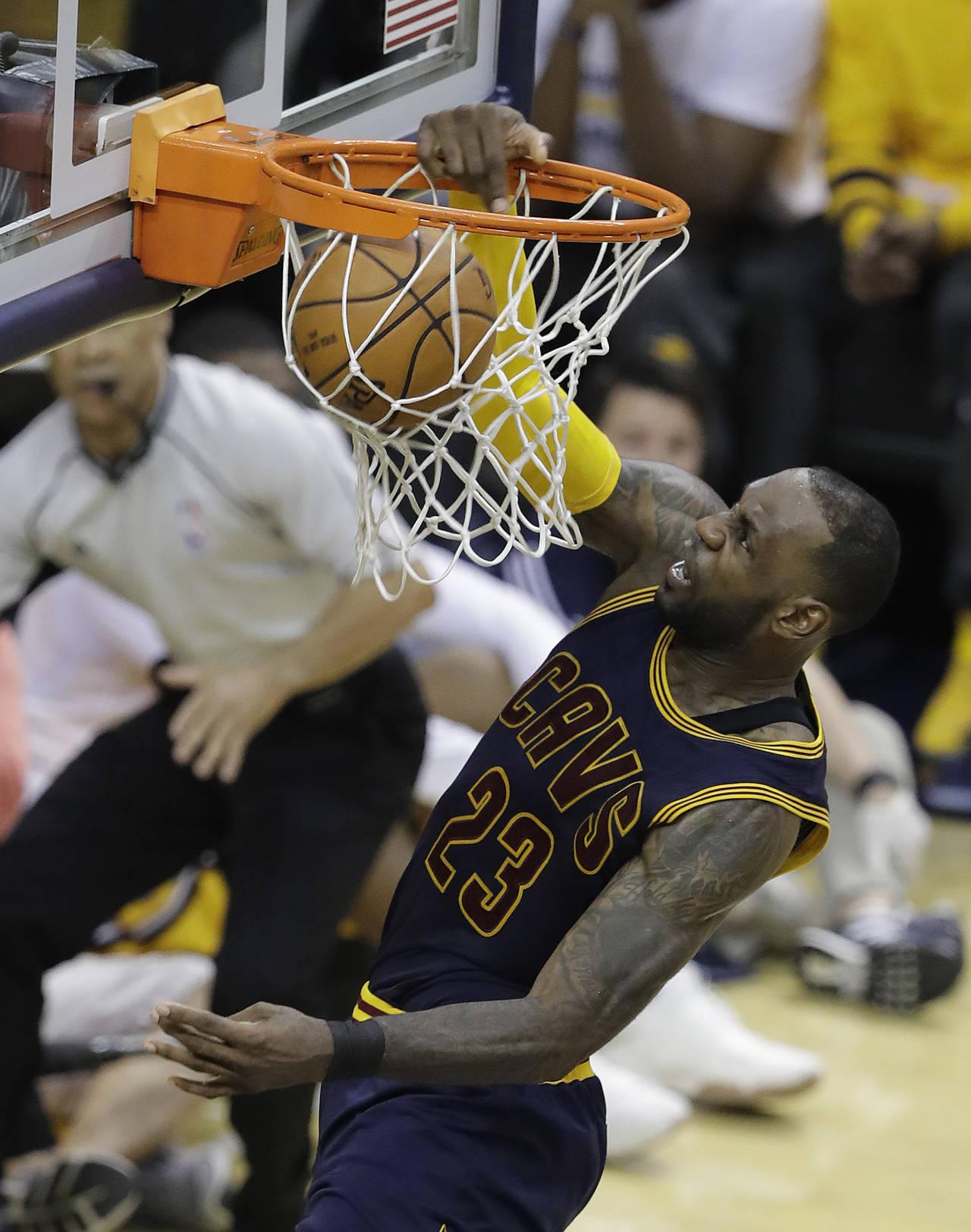 Cavaliers ponen récord de playoffs