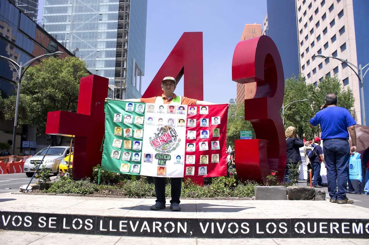 Se reúnen por caso Ayotzinapa