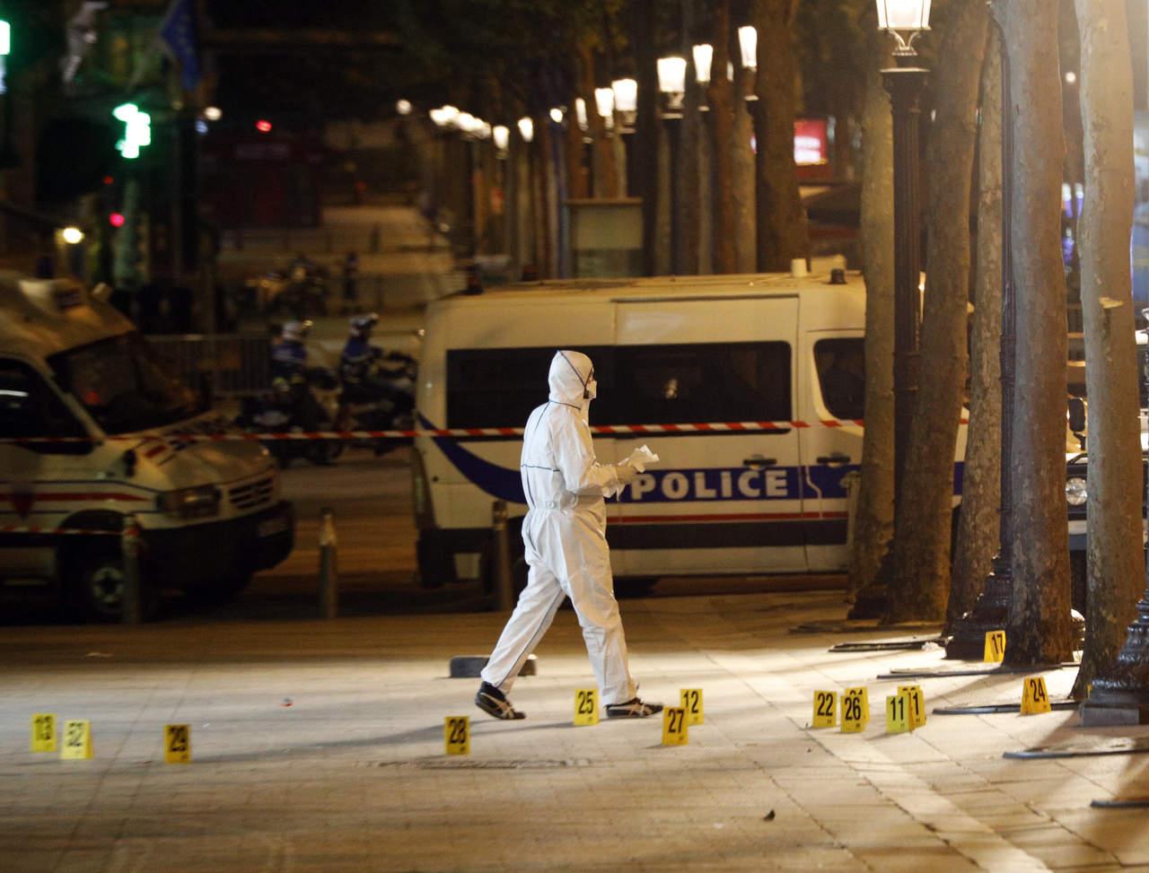 Hallan nota de apoyo al EI junto al autor del atentado en París