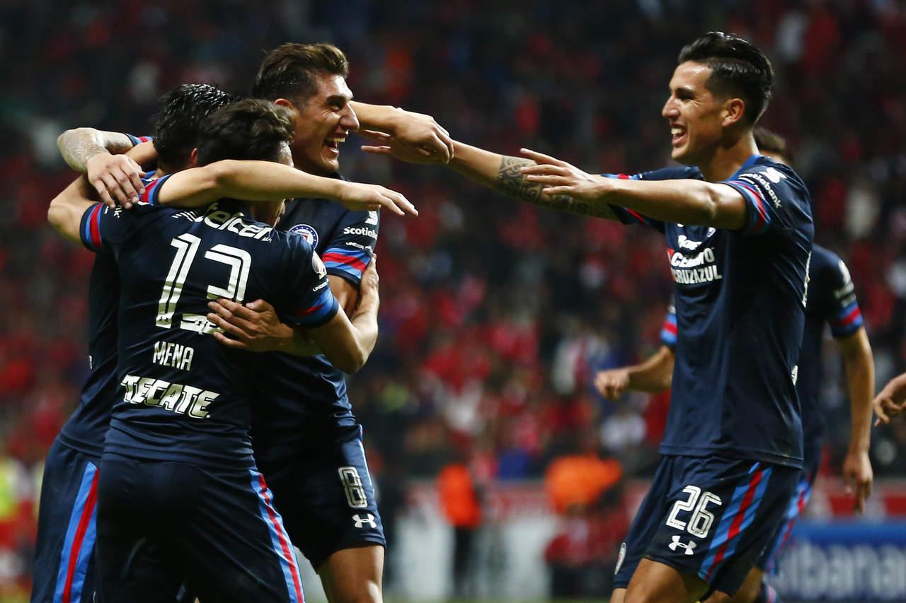 Con anhelo de liguilla, Cruz Azul recibe a Chivas en fecha 15