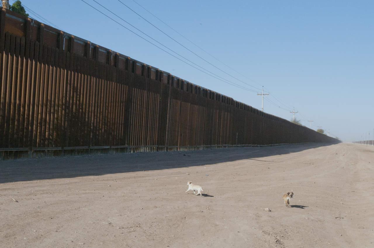 Según republicanos, presupuesto debe incluir muro fronterizo