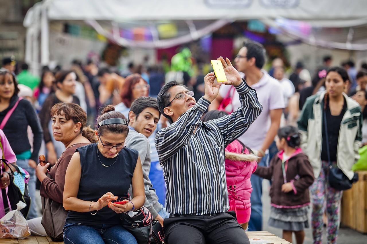 ¿Qué tipo de celular compran en México?