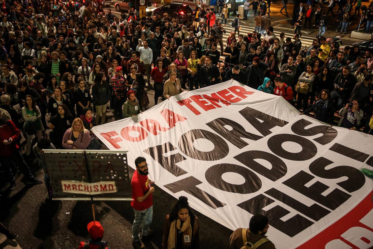 Miles de brasileños se movilizan en las calles contra Temer