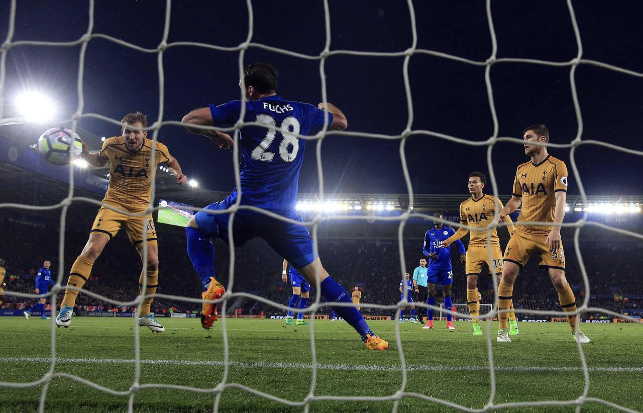 Tottenham aplasta al Leicester City y asegura segundo lugar en la Premier