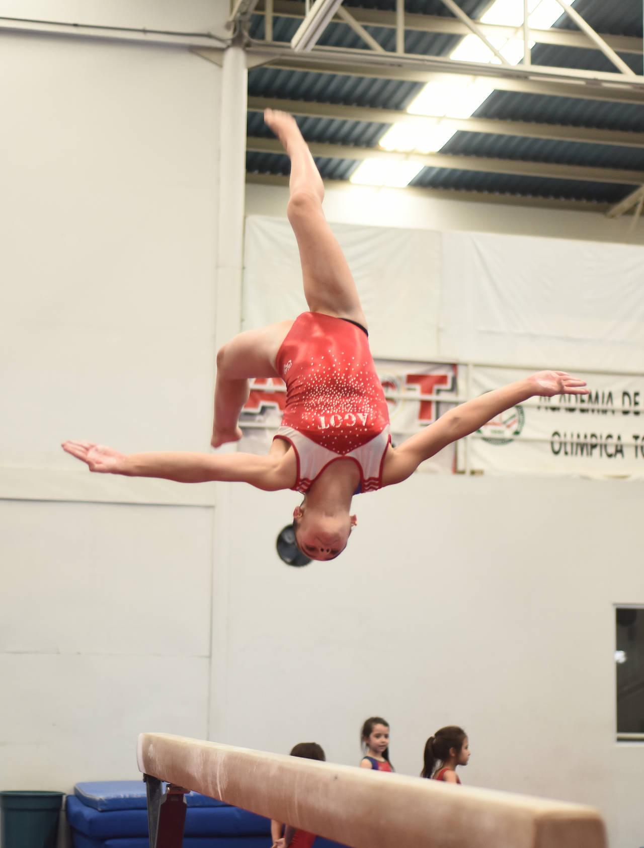 Lagunera va al nacional de gimnasia