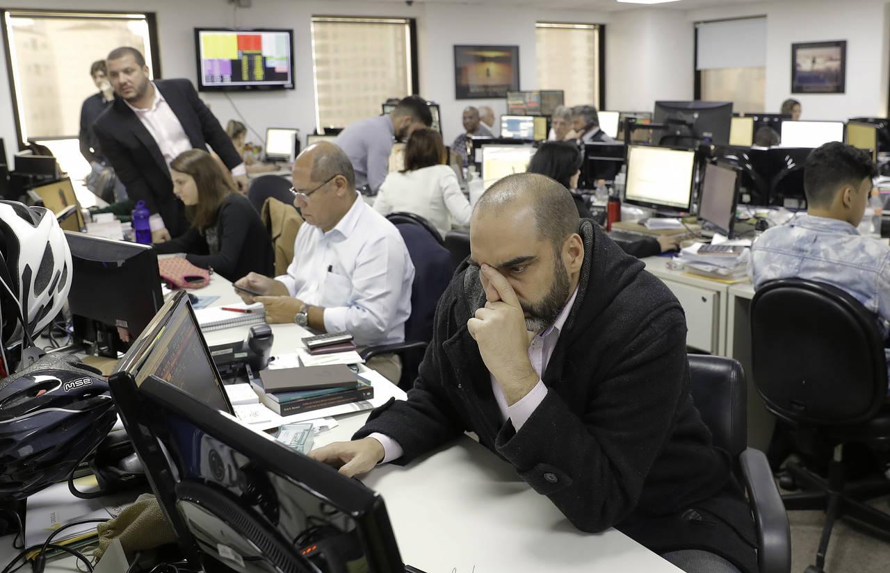 Temer provoca caos en mercados