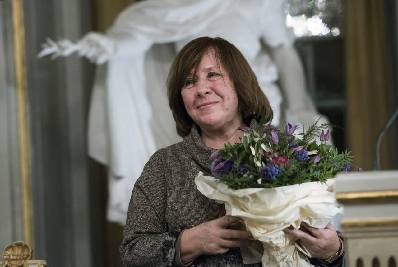 Nobel Alexiévich desmiente su muerte