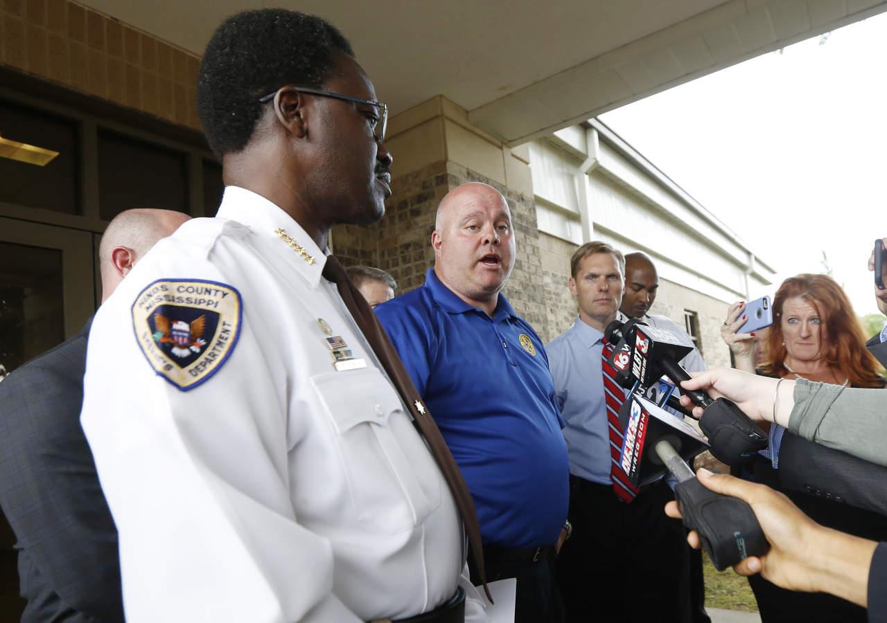 Arrestan a 3 jóvenes por asesinato de niño en Mississippi