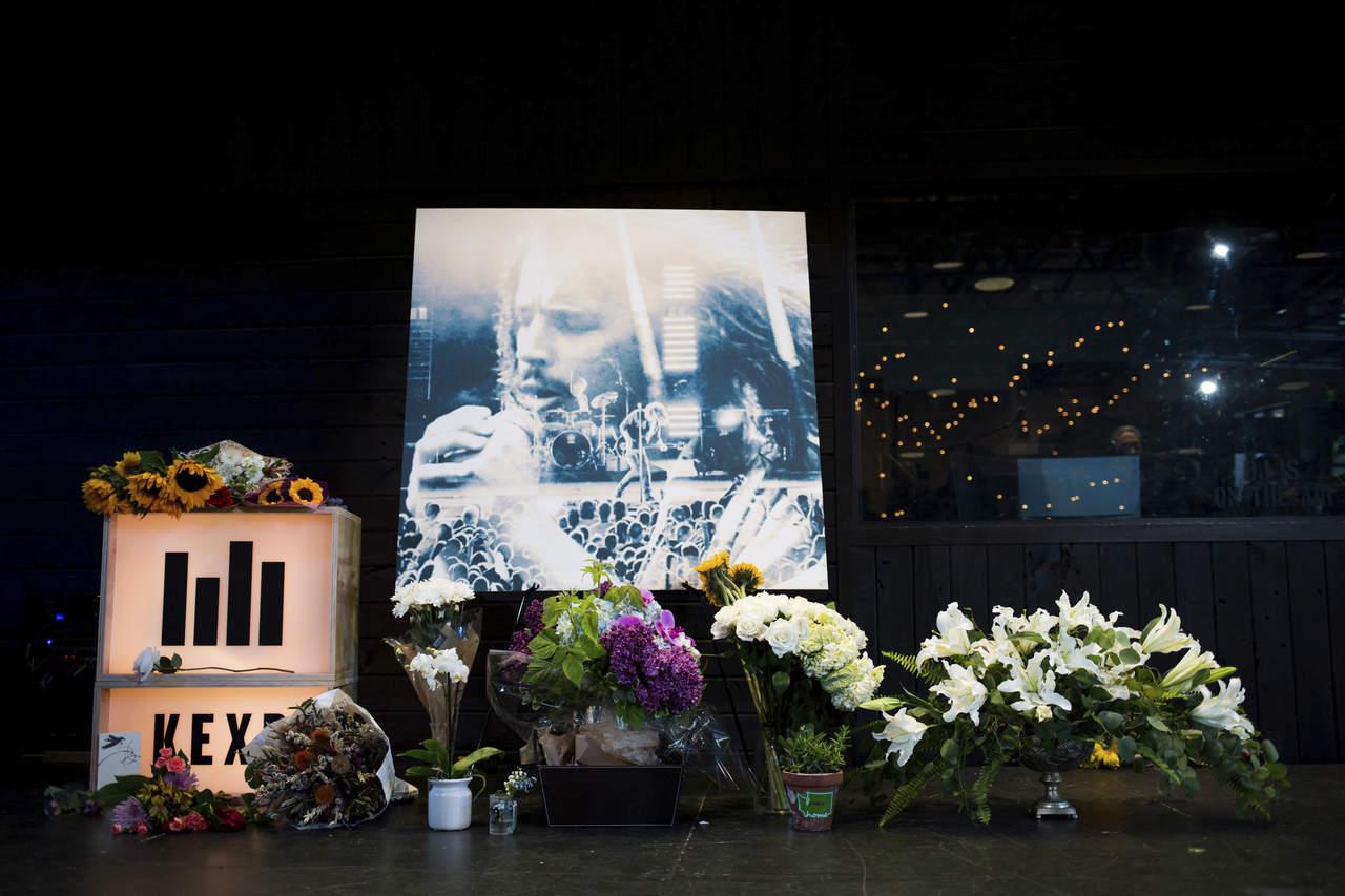 Seattle se despide de su hijo Chris Cornell