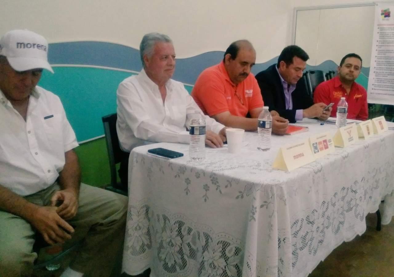 Se reúnen candidatos a alcaldía con OSC
