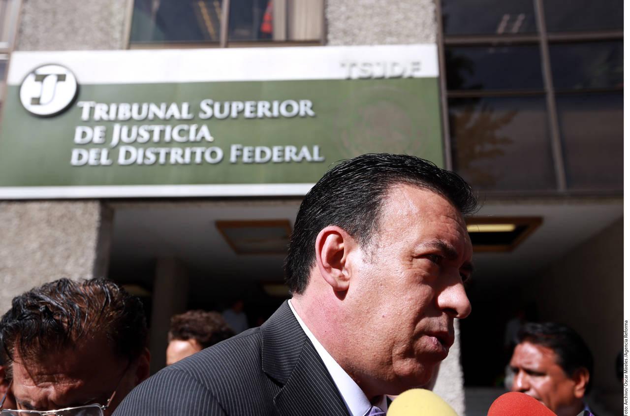 Demanda Humberto Moreira al PAN y a Reforma