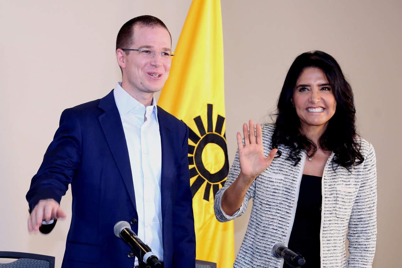 Líderes perredistas arremeten contra Barrales por abrir alianza
