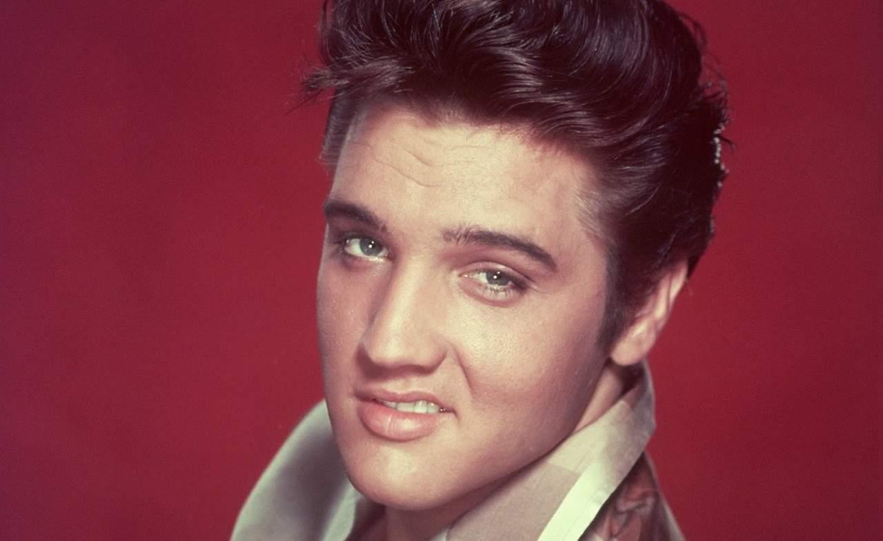 La teoría que afirma que Elvis Presley no murió