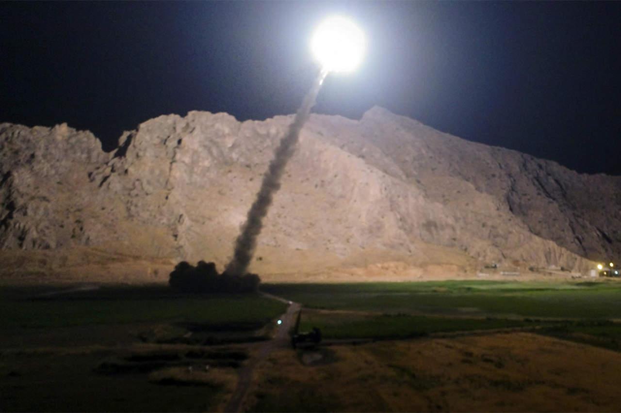Bombardea Irán ciudad siria en manos del Estado Islámico
