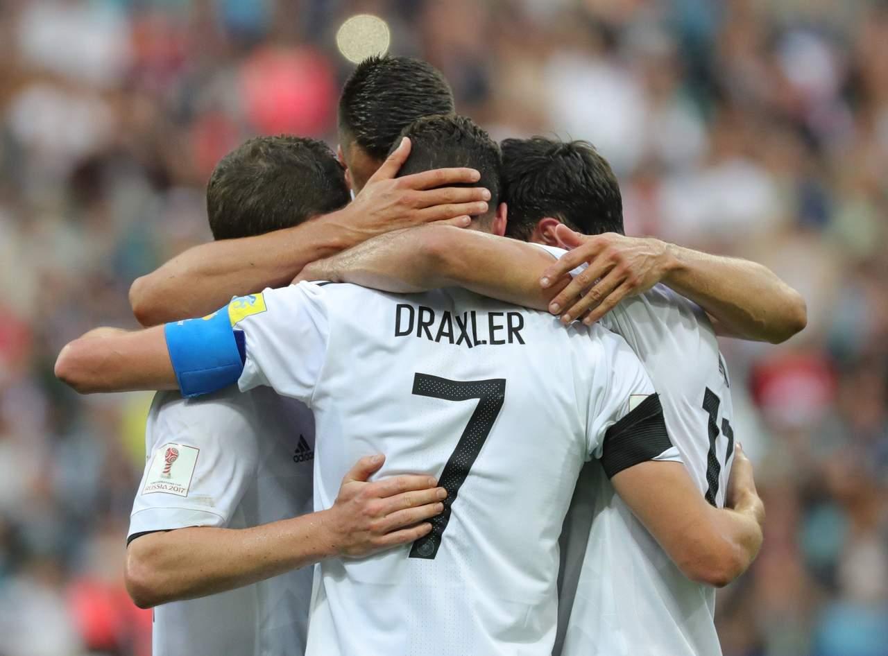 La joven Alemania sufre para vencer a Australia