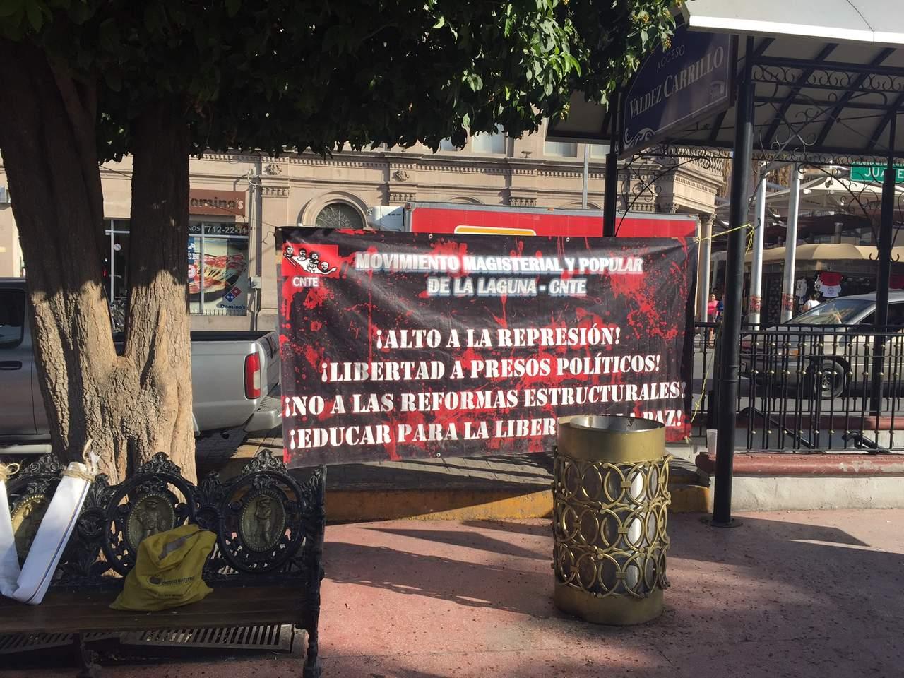 Con concentración, recuerda CNTE a muertos en Nochixtlán