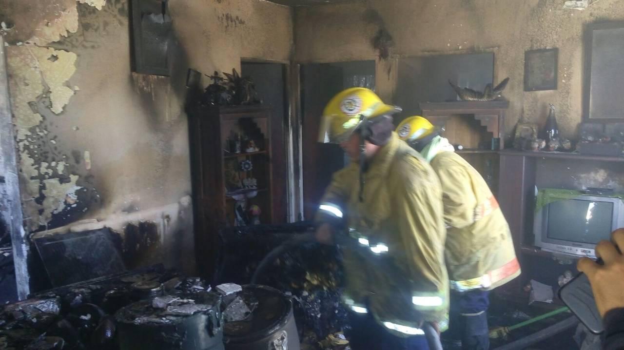 Caída de tanque de gas provoca un incendio en Gómez Palacio
